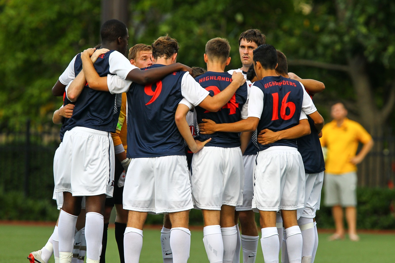 Men's Soccer to Host Two 2014 NCAA College Cup Sides